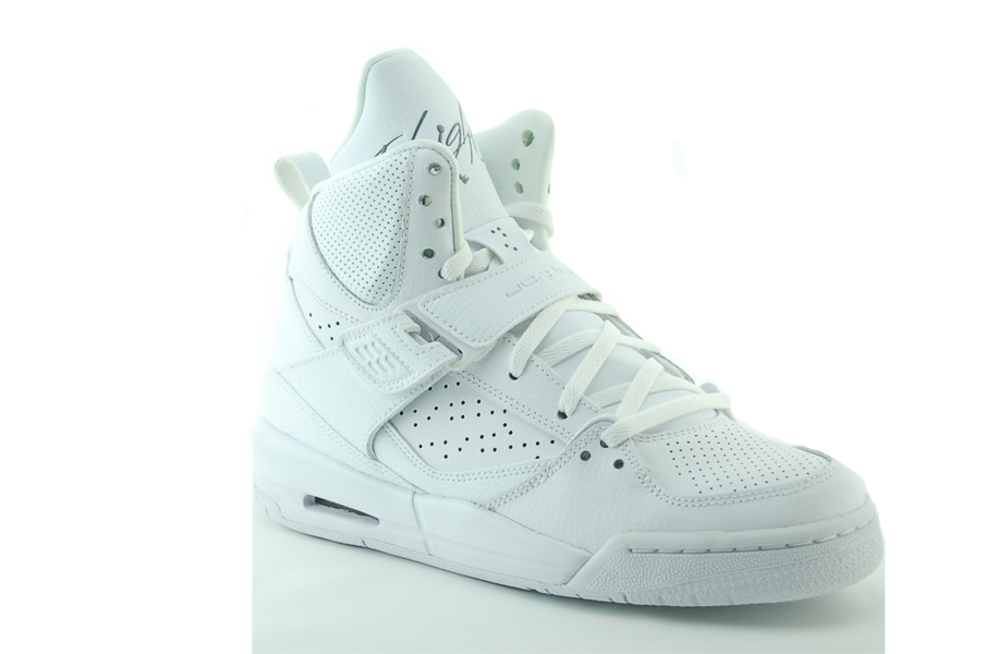weiße nike air jordan flight 45