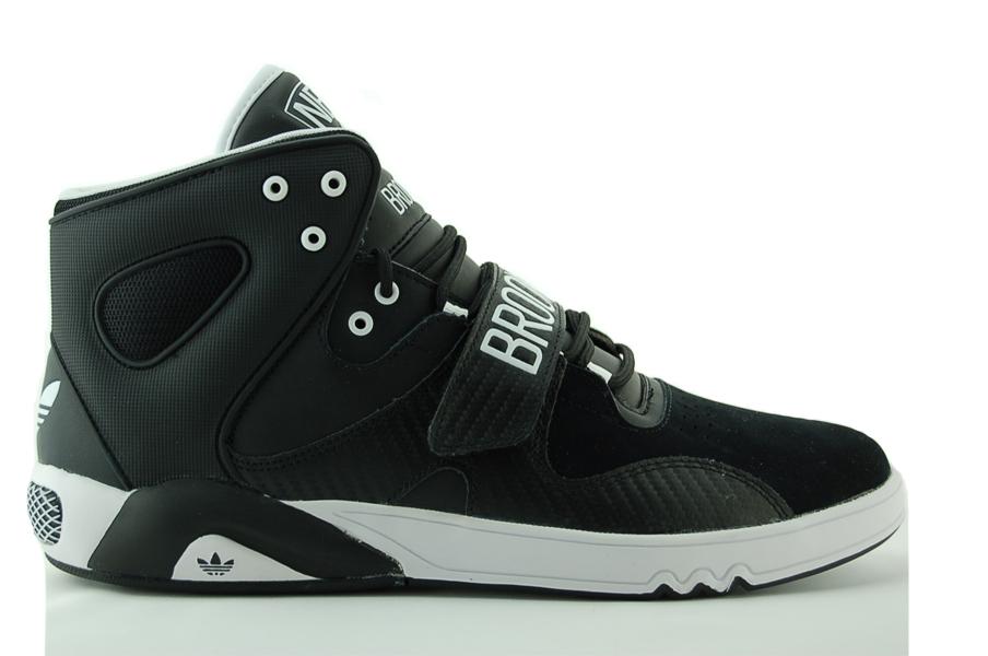 adidas Roundhouse Mid Sneaker NBA Herren Schuhe Schwarz NEU